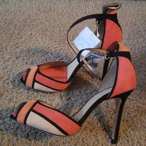 Heel shoes multicolored